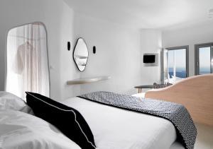 Tholos Resort(Imerovigli)