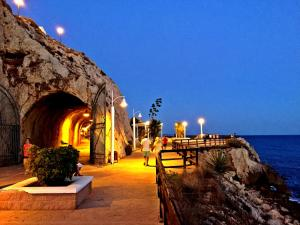 Malaga Beach Holiday, Хостелы  Ринкон-де-ла-Викториа - big - 25