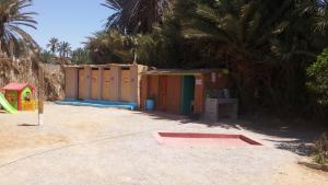 Camping Auberge Aain Nakhla, Хостелы  Guelmim - big - 37