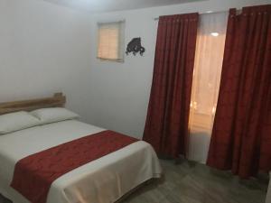 Casa Hotel Jardin # 2, Affittacamere  Medellín - big - 3