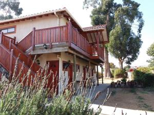 Hostal La Candelaria, Bed and Breakfasts  Algarrobo - big - 28