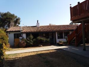 Hostal La Candelaria, Bed and Breakfasts  Algarrobo - big - 27