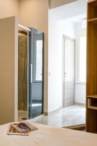 RHS Rienzo Suites