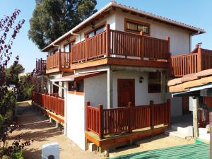 Hostal La Candelaria, Bed and Breakfasts  Algarrobo - big - 21
