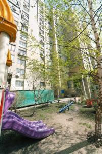 Apartment on Antonovycha 122