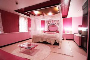 Hotel Que Sera Sera Hirano (Adult Only), Love hotels  Osaka - big - 2
