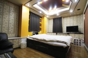 Hotel Que Sera Sera Hirano (Adult Only), Love hotels  Osaka - big - 4