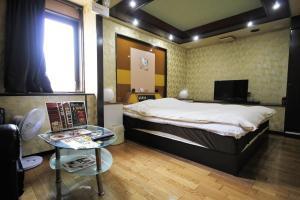 Hotel Que Sera Sera Hirano (Adult Only), Love hotels  Osaka - big - 22