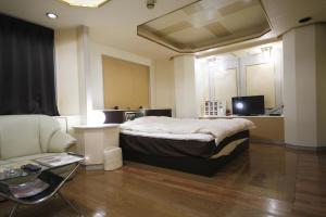 Hotel Que Sera Sera Hirano (Adult Only), Love hotels  Osaka - big - 23