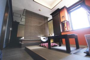 Hotel Que Sera Sera Hirano (Adult Only), Love hotels  Osaka - big - 26