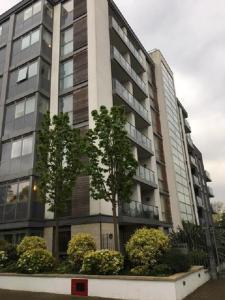 Brentford Serviced Apartments Golden Mile