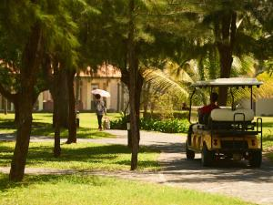 Centara Sandy Beach Resort Danang, Курортные отели  Дананг - big - 30