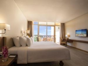 Centara Sandy Beach Resort Danang, Курортные отели  Дананг - big - 7