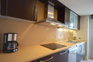 Lets Holidays Voramar Apartment, Ferienwohnungen  Tossa de Mar - big - 18
