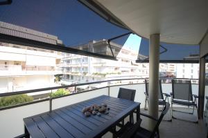 Lets Holidays Voramar Apartment, Ferienwohnungen  Tossa de Mar - big - 30