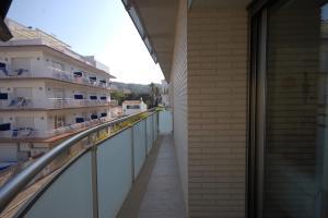 Lets Holidays Voramar Apartment, Ferienwohnungen  Tossa de Mar - big - 32