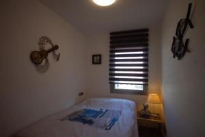 Lets Holidays Voramar Apartment, Ferienwohnungen  Tossa de Mar - big - 10