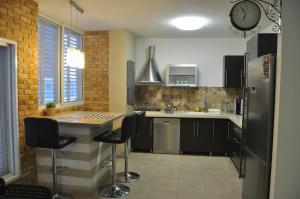 Isra Home Apartment Ben Gurion141