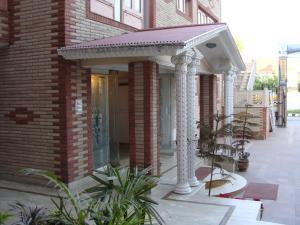 Hotel Sterling, Отели  Сринагар - big - 21