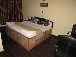 Hotel Sterling, Отели  Сринагар - big - 20