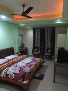 Hotel Shikharr Inn Manali