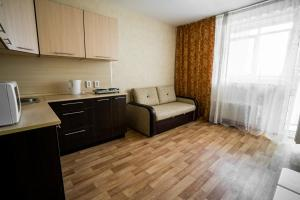 Apartment on Roshchinskaya 27