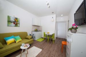 Apartments Lala, Ferienwohnungen  Tučepi - big - 48