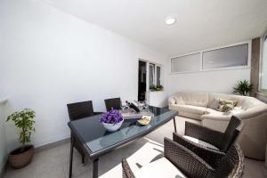 Apartments Lala, Ferienwohnungen  Tučepi - big - 1