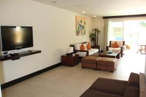 Luxury Condohotel on the Beach, Pueblito Escondido, Апартаменты  Плая-дель-Кармен - big - 29