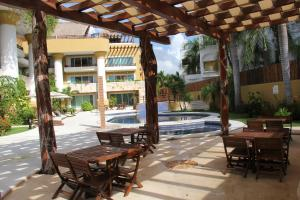 Luxury Condohotel on the Beach, Pueblito Escondido, Апартаменты  Плая-дель-Кармен - big - 20