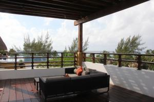 Luxury Condohotel on the Beach, Pueblito Escondido, Apartmanok  Playa del Carmen - big - 74