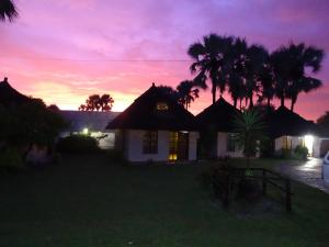 Maya Guest Lodge