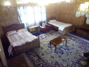 Kashmir View Houseboat, Отели  Сринагар - big - 2