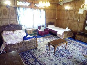 Kashmir View Houseboat, Отели  Сринагар - big - 3