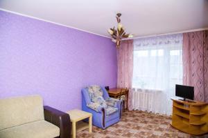 Apartments at Esenina 7?