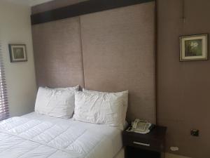 Chelsea Suites Annex