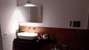 B&B Vicolo dei Sartori, Отели типа «постель и завтрак»  Салерно - big - 10