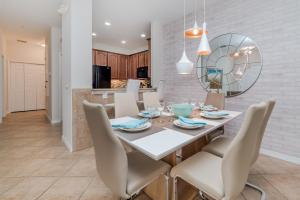 Mickey's Summer Escape, Apartmanok  Orlando - big - 2