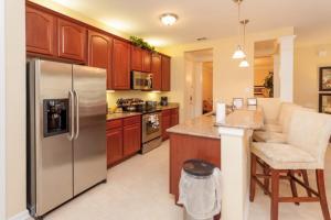 Shoreway Two-Bedroom Apartment 227, Apartmány  Orlando - big - 47