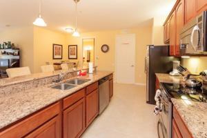 Shoreway Two-Bedroom Apartment 227, Apartmány  Orlando - big - 45