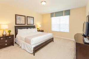 Shoreway Two-Bedroom Apartment 227, Apartmány  Orlando - big - 42