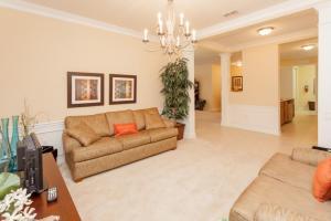Shoreway Two-Bedroom Apartment 227, Apartmány  Orlando - big - 32