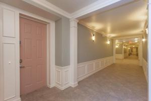 Shoreway Two-Bedroom Apartment 227, Apartmány  Orlando - big - 29