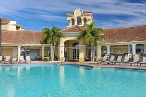 Shoreway Two-Bedroom Apartment 227, Apartmány  Orlando - big - 20