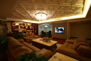 Фото отеля Shengtong Hotel