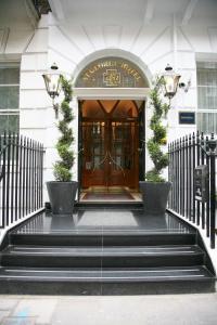 St George Hotel London