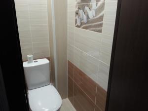 1-ая квартира, Апартаменты  Когалым - big - 7