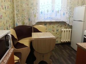 1-ая квартира, Apartmanok  Kogalim - big - 9