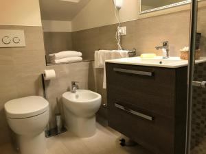 Hotel Touring, Hotely  Lido di Jesolo - big - 90