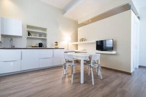 Casa Sbarcadè, Apartmanok  Szirakúza - big - 11